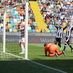Tutto facile contro il Genoa per l'Udinese che in mezz'ora fa due gol. La fotogallery
