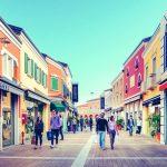 Acquistare a tutti giga: internet superveloce sbarca al Palmanova Outlet Village