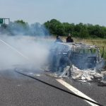 Auto incendiata in A4 in direzione Trieste. 9 km di coda a Latisana