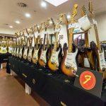 Chitarra elettrica che passione: in mostra a Pordenone le Fender vintage. Fotogallery