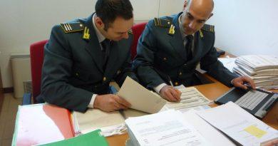 Imprenditore froda il fisco con società fittizie, sequestrati beni per 2 milioni e mezzo di euro