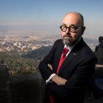 Pordenonelegge scopre le carte. Inaugura lo scrittore catalano Carlos Ruiz Zafòn