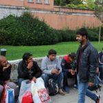 Partiti da Gorizia 75 immigrati richiedenti asilo. Saranno ospitati a Torino, Milano e Chieti