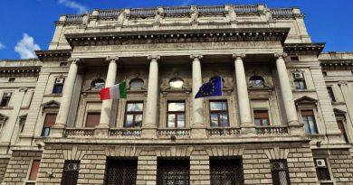 Due anni e otto mesi di carcere per il ragazzo accusato per la violenza sessuale di Ferragosto a Lignano