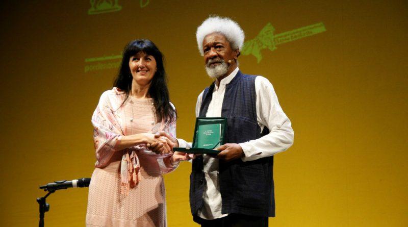 """Wole Soyinka vince il Premio Crédit Agricole FriulAdria """"La storia in un romanzo"""""""