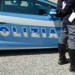 Ladri colti in flagrante in area di servizio dell'A23 mentre derubavano un camper