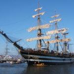 La Nave Scuola della Marina Militare Amerigo Vespucci giunge nel porto di Trieste