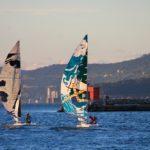 Barcolana 49 arriva a 1800 iscritti. In scena le vele dipinte di Fine Art Sails: foto