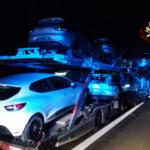 Scontro fra quattro mezzi pesanti in autostrada A4, muore l'autista di una bisarca