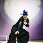 """Sabina Guzzanti in """"Come ne venimmo fuori"""" al Teatro Bobbio a Trieste"""