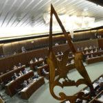 Il Consiglio regionale approva la manovra di stabilità. Pareggio a 4 miliardi: 2,7 vanno alla sanità