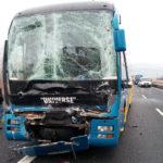 Ormai un tamponamento al giorno sull'A4: coinvolti due camion e un pullman, 2 feriti
