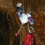 """La Befana """"vola"""" in Grotta Gigante, l'emozionante evento sul Carso triestino: foto"""
