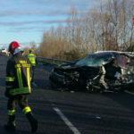 Un morto e quattro feriti nello scontro fra due mezzi sulla Cimpello-Sequals