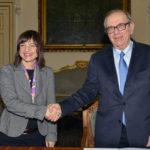 Sottoscritto in extremis il nuovo accordo tra Stato e Regione. Risparmio di 120 milioni