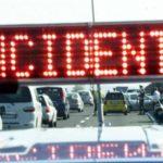 Va a fuoco un camion in A4. Autostrada chiusa e code per 15 chilometri