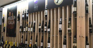 Vinitaly, quasi la metà del vino esportato viene dal Triveneto. FVG: 13mila le bottiglie in fiera