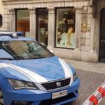 In pieno centro a Udine: uccide la moglie con un colpo di pistola e poi si toglie la vita nello studio del notaio