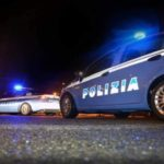 Dorme al volante, era ubriaco: fermato dalla Polizia e denunciato