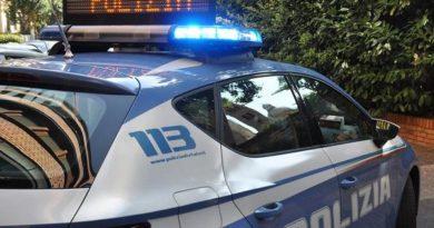 Incendia la tenda di un bar, fermato un uomo dalla Polizia