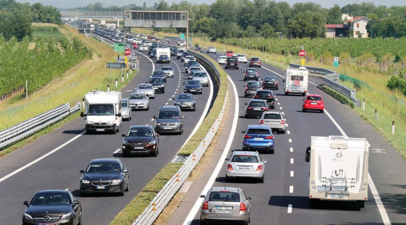 Autostrade del FVG: cala il traffico estivo. Incidenti dimezzati grazie alla 3ª corsia