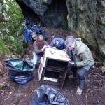 1000 sacchi neri di rifiuti, due vedette riqualificate e decine di siti ripuliti: SOS Carso contro il degrado. Le foto