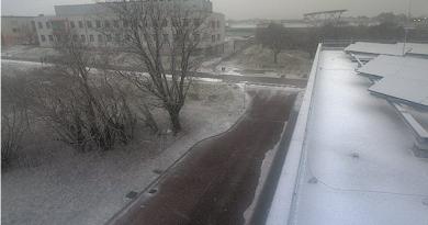 Prima neve sul Carso triestino, fiocchi anche in città. Temperature in calo fino a sabato