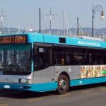 Trasporti, chi aumenta e chi no: biglietti autobus più cari, bloccati pedaggi autostradali