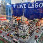 """A Trieste """"I love LEGO"""" la più grande mostra di mattoncini: decine di metri quadrati di esposizione"""