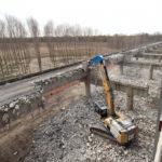 Terza corsia A4, in corso la demolizione del vecchio ponte sul Tagliamento
