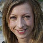 Minacce alla giornalista friulana Floriana Bulfon: trova bottiglia incendiaria nell'auto