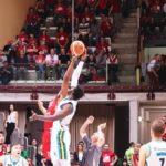 Basket, nella terza gara dei play-off Alma Trieste supera la Vanoli Cremona. Le foto