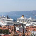 Dopo l'incidente due navi da crociera approdano a Trieste mentre a Venezia si manifesta contro i passaggi