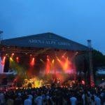 All'Arena Alpe Adria di Lignano l'indie-rock dei Pinguini Tattici Nucleari