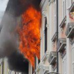 Incendio in un appartamento nei pressi della stazione ferroviaria di Trieste