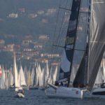 Le foto della Barcolana numero 51 che passerà alla storia come la regata del non vento