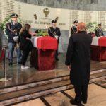 Sindaco e cittadini rendono omaggio ai feretri dei due Agenti della Polizia uccisi a Trieste il 4 ottobre