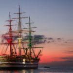 A Trieste per la 51ª Barcolana arriva nave Vespucci aperta per le visite. Le foto