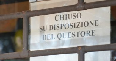 La Questura chiude il Mc Donald's in centro a Trieste per risse e droga