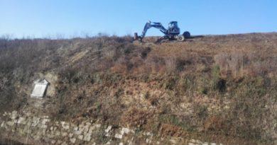 """Tecnologia al servizio del patrimonio archeologico: a Palmanova un """"ragno"""" pulisce i bastioni"""