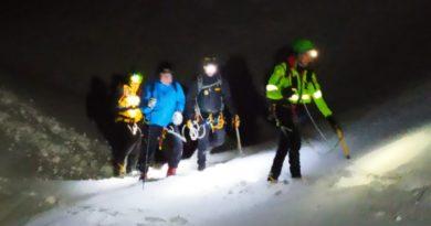 Portati in salvo due sciatori fuoripista bloccati dal ghiaccio a Sella Nevea