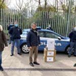 La Polizia di Pordenone riceve 2000 mascherine e guanti dalla comunità cinese