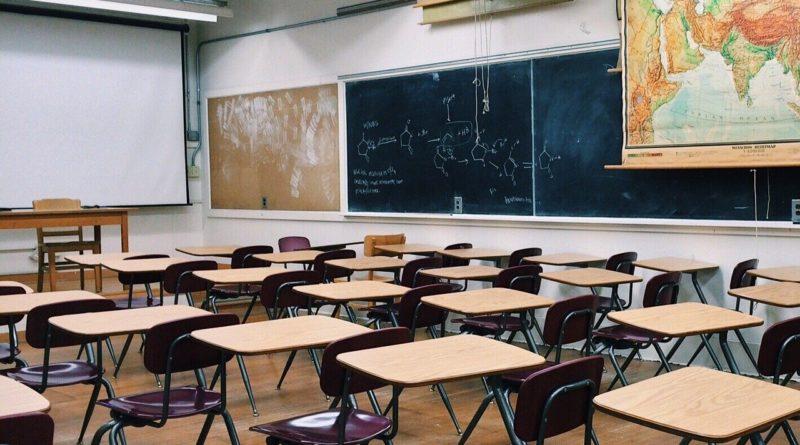 La ministra Azzolina: sicuro il prolungamento della chiusura delle scuole