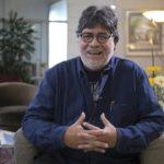 Muore a 70 anni Luis Sepúlveda, autore della Storia di una gabbianella e del gatto che le insegnò a volare