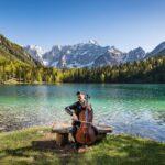 Luka Šulić la star del violoncello esce oggi con un suo nuovo videoclip