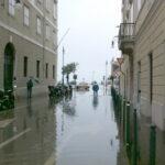 Allerta meteo per piogge forti e temporali. Possibile acqua alta