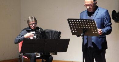 """""""Voci di luoghi"""" a Barcis con lo scrittore Pino Roveredo e il maestro Gianni Fassetta"""