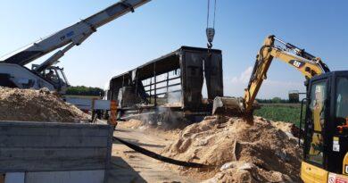 Camion incendiato in A4, riaperto il tratto autostradale da Villesse a Palmanova