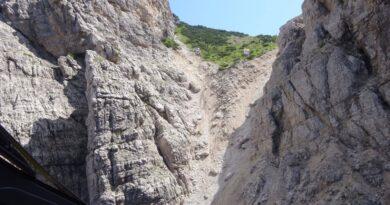 Cimolais: cade da Forcella Vacalizza, grave un escursionista di Aviano