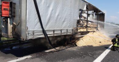 A fuoco mezzo pesante sull'A4 tra Villesse e Palmanova, tratto autostradale chiuso